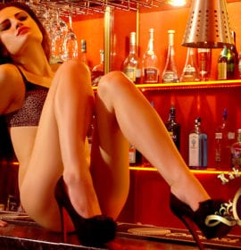 Gentlemen's Club Kakadu – es el mayor Strip club en Europa oriental!