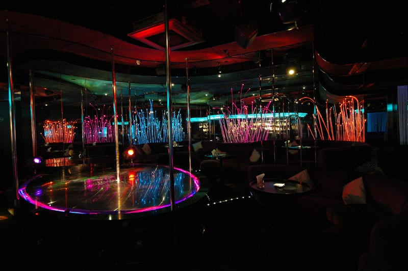 Club geneva strip