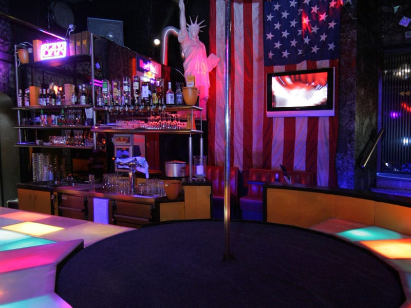 AMERICAN TABLEDANCE IN AACHEN   StripClubGuide.com